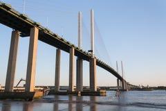 El cable permanecía el puente Imagen de archivo libre de regalías