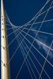 El cable permanecía el puente Fotos de archivo libres de regalías