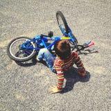 El caer apagado bici Foto de archivo