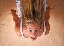 El caer de la chica joven Foto de archivo libre de regalías