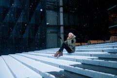 El caer de la nieve Imagenes de archivo