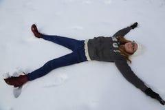 El caer en nieve Fotos de archivo libres de regalías