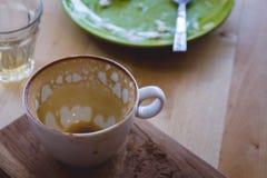 El café bebió y come sobre todos fotografía de archivo libre de regalías