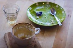 El café bebió y come sobre todos fotos de archivo