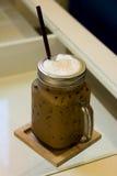 El café de hielo está listo para servir Foto de archivo libre de regalías