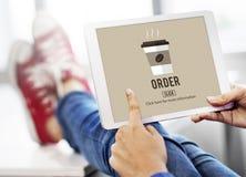 El café se lleva concepto en línea del menú de la entrega de la orden Foto de archivo