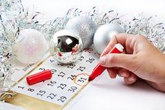 El calendario de la Navidad y se prepara por el Año Nuevo Imagen de archivo