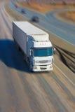 El camión se mueve en la carretera fotografía de archivo libre de regalías