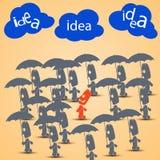 El caminar con la lluvia de ideas Imagen de archivo libre de regalías
