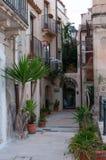 El caminar con Siracuse Fotografía de archivo libre de regalías