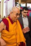El caminar de Dalai Lama Foto de archivo