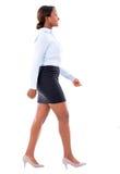 El caminar de la mujer de negocios Imagen de archivo libre de regalías