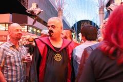 El caminar de Las Vegas Halloween imágenes de archivo libres de regalías