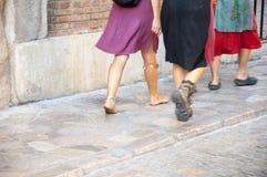El caminar de los hippies Foto de archivo