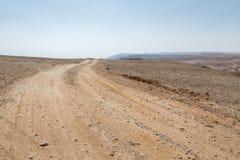 El caminar en área de mar muerta en Israel Fotos de archivo