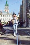 El caminar en la ciudad vieja fotografía de archivo