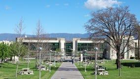 El caminar en Loma Linda University almacen de video