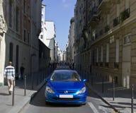 El caminar en París Imágenes de archivo libres de regalías