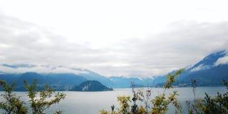 El caminar a lo largo del lago Como Italia Fotografía de archivo libre de regalías