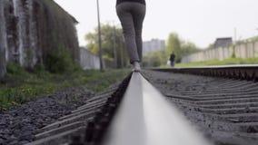El caminar por las pistas