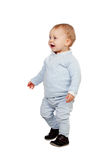 El caminar rubio adorable del bebé Foto de archivo libre de regalías