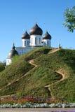 El camino al templo Imagen de archivo libre de regalías