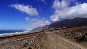 El camino a Playa de Cofete Imagen de archivo