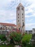 El campanario de los restos del monasterio de St John Imagenes de archivo