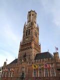El campanario de una iglesia o la Belfort de Brujas, Bélgica Fotografía de archivo