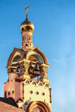 El campanario del templo de Duke Vladimir magnífico Foto de archivo libre de regalías
