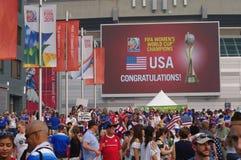 El campeón 2015 del mundo de mujeres de la FIFA LOS E.E.U.U. (en inglés) Foto de archivo