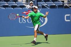 El campeón Lleyton Hewitt del Grand Slam de dos veces de Australia practica para el US Open 2015 Imagenes de archivo
