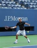 El campeón Lleyton Hewitt del Grand Slam de dos veces practica para el US Open 2013 Foto de archivo