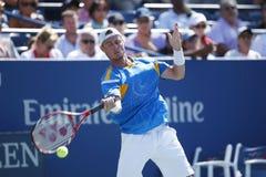 El campeón Lleyton Hewitt del Grand Slam de dos veces practica para el US Open 2013 Imagen de archivo libre de regalías