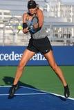 El campeón Maria Sharapova del Grand Slam de cinco veces de la Federación Rusa practica para el US Open 2017 Imagenes de archivo