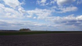 El campo arado, alista para sembrar Fotos de archivo libres de regalías