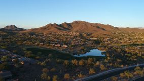 El campo de golf aéreo de Arizona tira metrajes