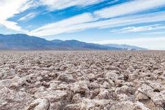 El campo de golf del diablo, parque nacional de Death Valley, los E.E.U.U. Imagen de archivo