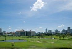 El campo de golf en el club de deportes real de Bangkok Imagenes de archivo