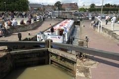 El canal barge adentro la cerradura Imagen de archivo libre de regalías