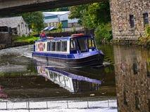 El canal de Leeds Liverpool en Burnley Lancashire Foto de archivo
