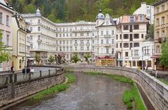 El canal del agua en Karlovy varía Imagen de archivo