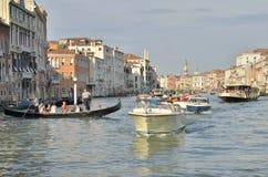 El canal magnífico en Venecia Fotos de archivo