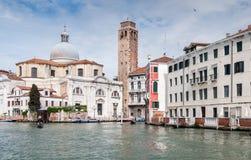 El canal magnífico en Venecia, Italia Foto de archivo
