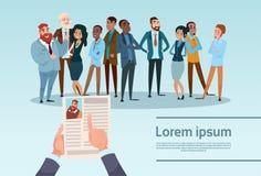 El candidato Job Position, perfil del reclutamiento del curriculum vitae del CV del control de las manos elige a hombres de negoc libre illustration