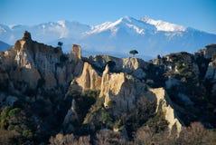 El Canigou en Pyrenees durante invierno Foto de archivo