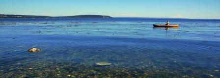 El Canoeing de la isla de Whidbey Imagen de archivo