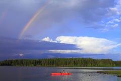El canoeing de la muchacha Imagen de archivo libre de regalías