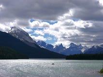 El Canoeing en Jasper Canada Fotografía de archivo