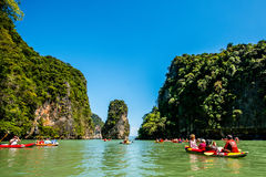 El Canoeing en Koh Hong Island Fotografía de archivo